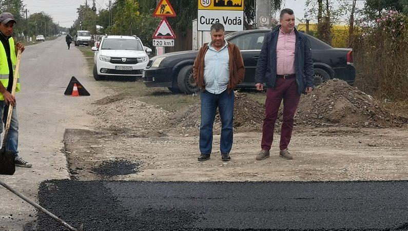 Cuza Vodă: Primarul liberal Marius Cojocaru lucrează pentru asfaltarea ultimilor 23 km de străzi