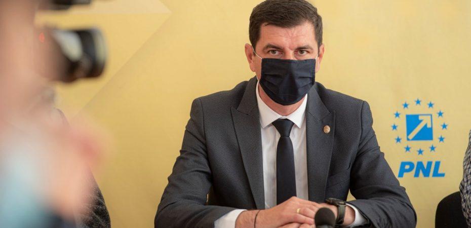 PNL Călărași: Emil Dumitru prezintă schimbările pe care le va aduce Planul Național de Redresare și Reziliență. VIDEO